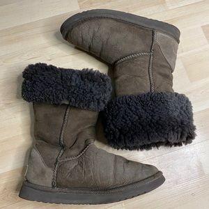 Ugg Australia Classic Boots size 6